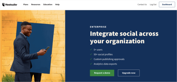 hootsuite-social-media-marketing-automation-tool-min